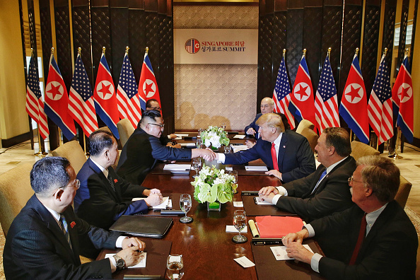 Kim Jong-Un「U.S. President Trump Meets North Korean Leader Kim Jong-un During Landmark Summit In Singapore」:写真・画像(17)[壁紙.com]