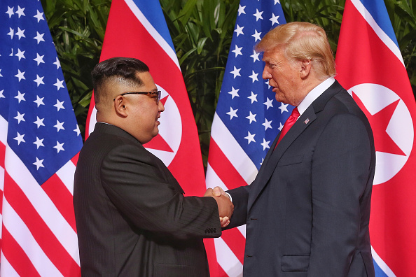 Kim Jong-Un「U.S. President Trump Meets North Korean Leader Kim Jong-un During Landmark Summit In Singapore」:写真・画像(10)[壁紙.com]