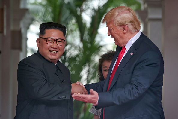 Kim Jong-Un「U.S. President Trump Meets North Korean Leader Kim Jong-un During Landmark Summit In Singapore」:写真・画像(3)[壁紙.com]