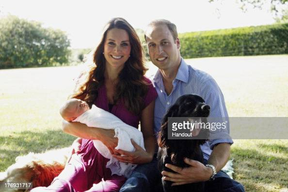 Duke of Cambridge「The Duke and Duchess of Cambridge With Their Son Prince George Alexander Louis of Cambridge In Bucklebury」:写真・画像(19)[壁紙.com]