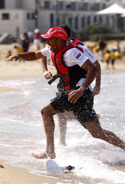 オーストラリアモーターサイクルグランプリ「Vodafone Beach Kayak Challenge」:写真・画像(14)[壁紙.com]