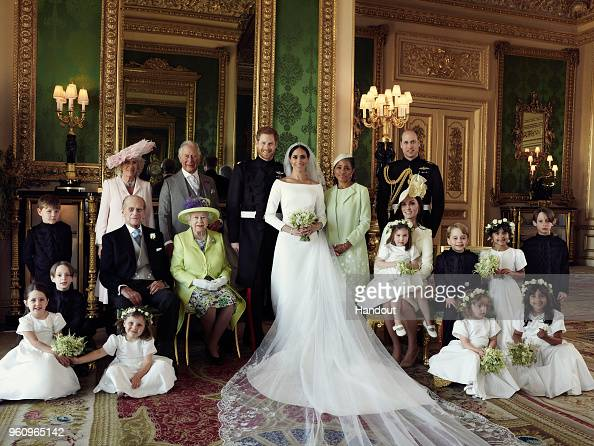 In A Row「Official Royal Wedding Photographs Released」:写真・画像(16)[壁紙.com]
