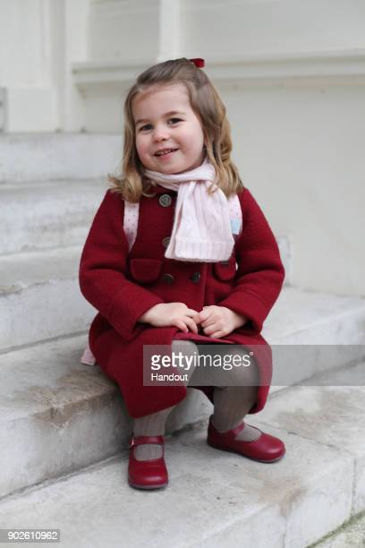Red Coat「Princess Charlotte Starts Nursery School」:写真・画像(0)[壁紙.com]