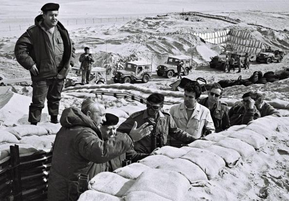 Beret「Ariel Sharon Retrospective」:写真・画像(3)[壁紙.com]