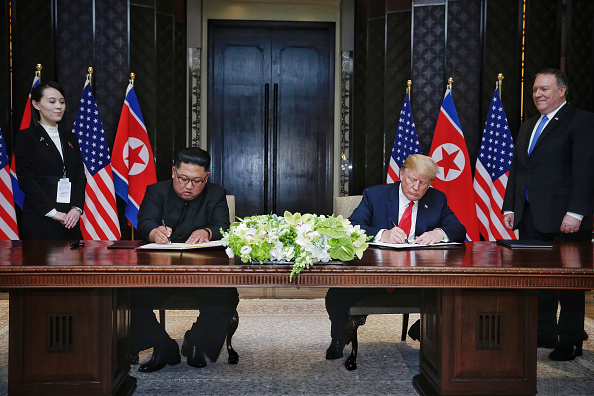 Kim Jong-Un「U.S. President Trump Meets North Korean Leader Kim Jong-un During Landmark Summit In Singapore」:写真・画像(12)[壁紙.com]