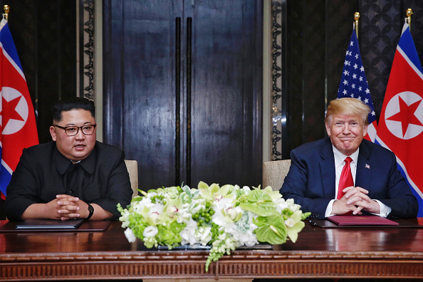 Kim Jong-Un「U.S. President Trump Meets North Korean Leader Kim Jong-un During Landmark Summit In Singapore」:写真・画像(7)[壁紙.com]