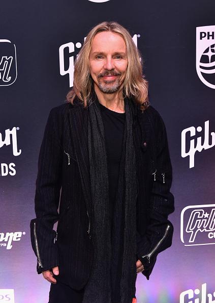 モダンロック「Gibson Rocks Opening of CES 2018 with Slash」:写真・画像(16)[壁紙.com]