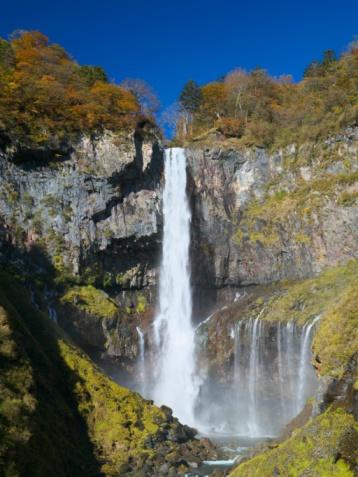 Nikko City「The Kegon Falls During Autumn. Tochigi Prefecture, Japan」:スマホ壁紙(16)