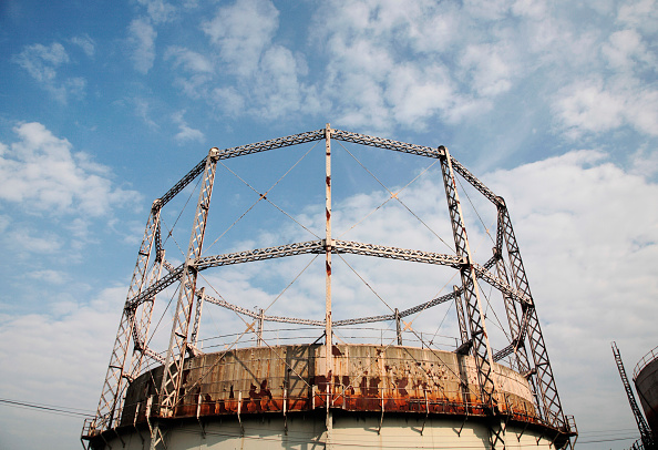 Construction Equipment「Gasometer, Chelmsford, Essex, UK 2008」:写真・画像(2)[壁紙.com]
