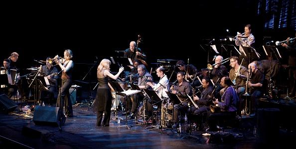 Musical Conductor「Maria Schneider, 2008」:写真・画像(10)[壁紙.com]