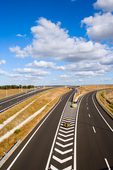 Empty「Slip Road for Highway access, Portugal」:写真・画像(11)[壁紙.com]