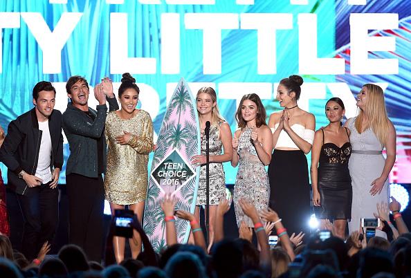 アシュリー ベンソン「Teen Choice Awards 2016 - Show」:写真・画像(17)[壁紙.com]