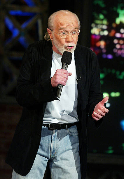 George Carlin Appears on The Tonight Show with Jay Leno:ニュース(壁紙.com)