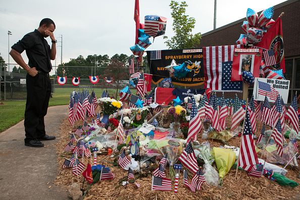 Mass Shooting「Memorial Held For Atlanta-Area Marine Killed In The Chattanooga Shootings」:写真・画像(11)[壁紙.com]