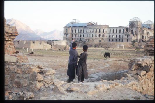 Taliban「Taliban Hold Line Around War-Torn Kabul」:写真・画像(0)[壁紙.com]