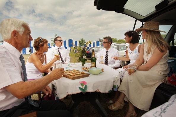 ヘンリーロイヤルレガッタ「Henley Royal Regatta - A Highlight Of The English Social Season」:写真・画像(3)[壁紙.com]