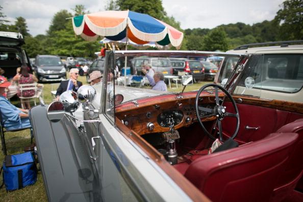 ヘンリーロイヤルレガッタ「Spectators Enjoy The Start Of The Henley Royal Regatta」:写真・画像(6)[壁紙.com]