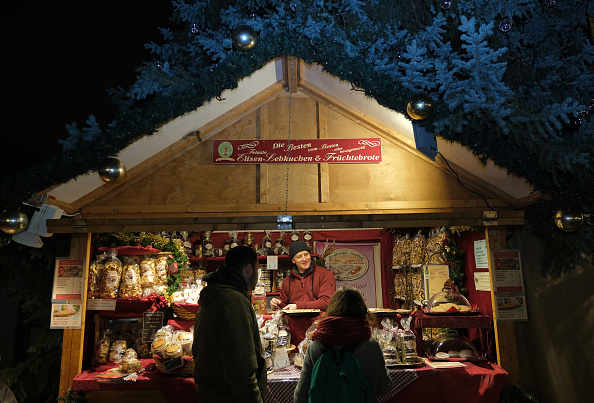Loaf of Bread「Berlin Christmas Markets Open」:写真・画像(6)[壁紙.com]