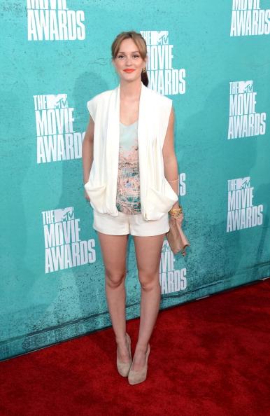 Sleeveless Top「2012 MTV Movie Awards - Arrivals」:写真・画像(10)[壁紙.com]