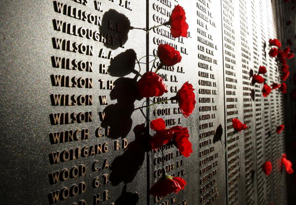 Dawn「ANZAC Day Remembered」:写真・画像(1)[壁紙.com]
