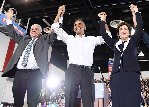 University of Nevada Las Vegas「Former President Obama Speaks At Rally For Nevada Democrats In Las Vegas」:写真・画像(12)[壁紙.com]