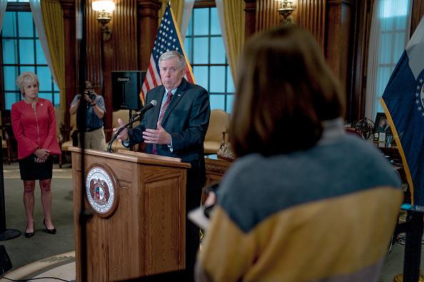 Jacob Moscovitch「Missouri Gov. Mike Parson Holds Press Conference On Planned Parenthood License」:写真・画像(5)[壁紙.com]