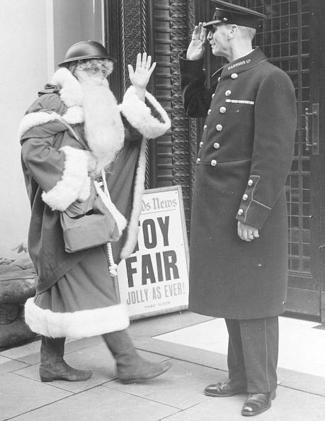 Home Front「War Time Santa」:写真・画像(16)[壁紙.com]