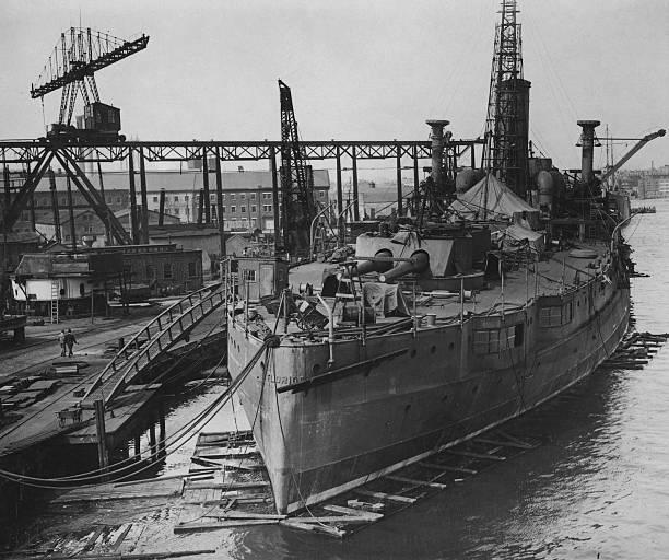 ブルックリン海軍工廠 アメリカ...