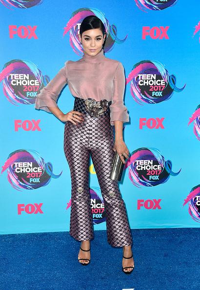 ヴァネッサ・ハジェンズ「Teen Choice Awards 2017 - Arrivals」:写真・画像(3)[壁紙.com]