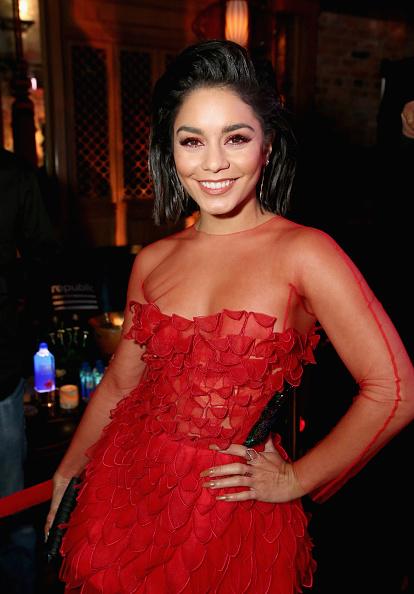 ヴァネッサ・ハジェンズ「Republic Records And Cadillac Host VMA After-Party At Tao Restaurant - Red Carpet」:写真・画像(14)[壁紙.com]