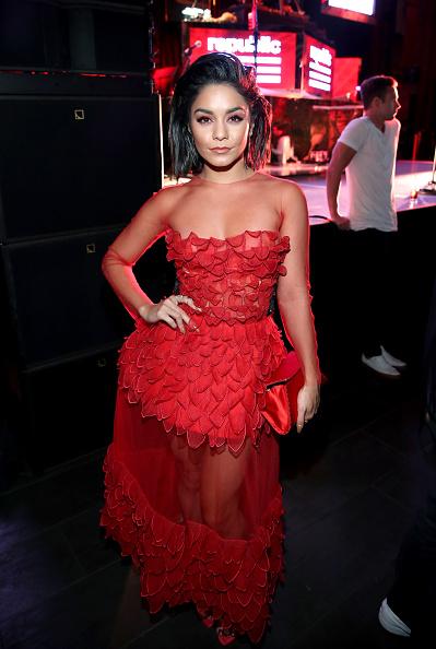 ヴァネッサ・ハジェンズ「FIJI Water at Republic Records' VMA Party」:写真・画像(18)[壁紙.com]
