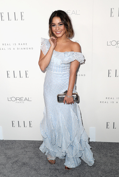 Silver Colored「ELLE's 24th Annual Women in Hollywood Celebration - Arrivals」:写真・画像(6)[壁紙.com]