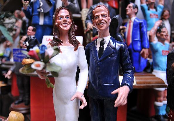 Royal Wedding of Prince William and Catherine Middleton「Prince William And Catherine Middleton Royal Wedding Commemorative Figurines」:写真・画像(17)[壁紙.com]