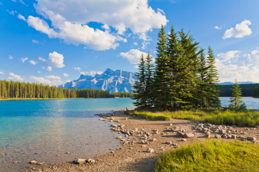 Riverbank「Mount Rundle from Two Jack Lake, Banff National Park」:スマホ壁紙(3)