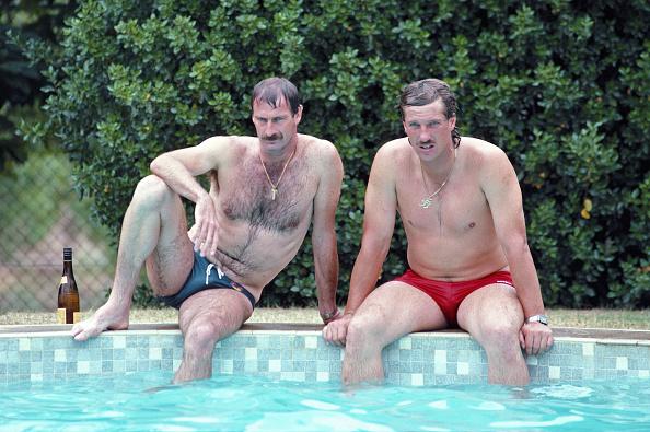 Relaxation「Ian Botham & Dennis Lillee - Adelaide Test 1982」:写真・画像(3)[壁紙.com]