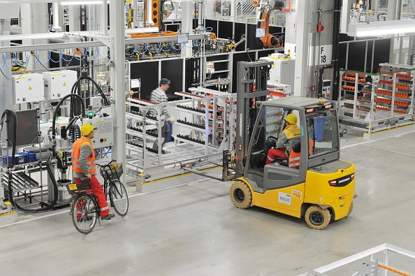 New「Volkswagen factory in Wrzesnia, Poland」:写真・画像(9)[壁紙.com]