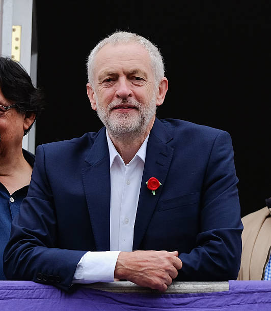 Jeremy Corbyn Attends The 132nd Durham Miner's Gala:ニュース(壁紙.com)