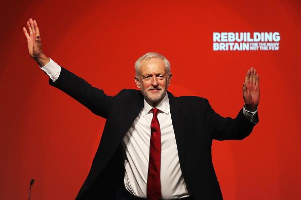 Smiling「Jeremy Corbyn Addresses Labour Conference」:写真・画像(7)[壁紙.com]