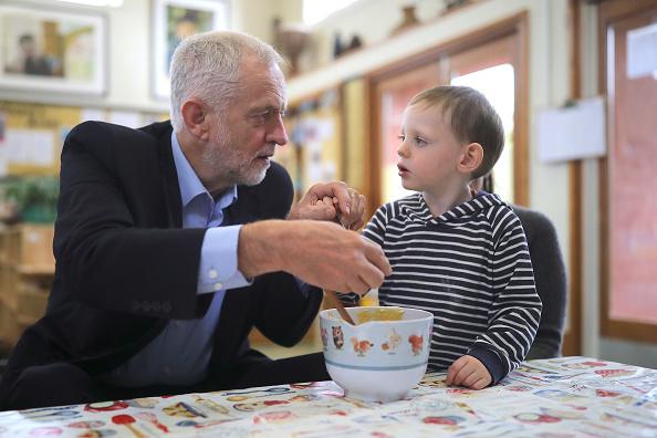 スイーツ「Jeremy Corbyn Visits East Midlands On Summer Campaign Tour」:写真・画像(1)[壁紙.com]