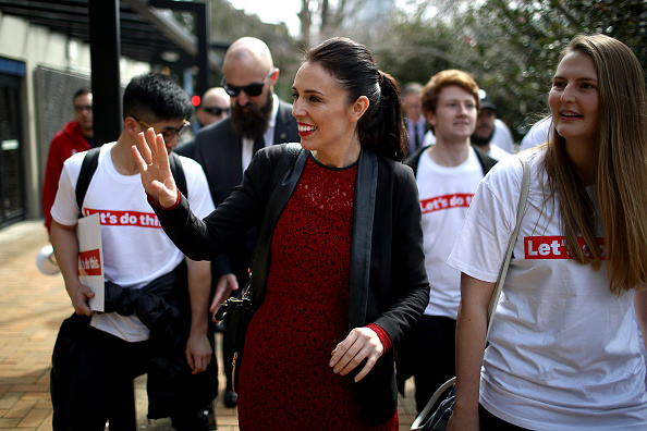 Auckland「Jacinda Ardern Campaigns As Labour Takes Lead In Polls」:写真・画像(0)[壁紙.com]