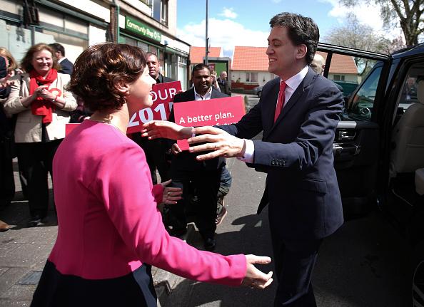 Three Quarter Length「Ed Miliband Campaigns In Wales」:写真・画像(19)[壁紙.com]