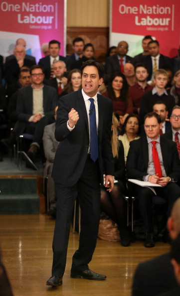 Corporate Business「Labour Party Leader Ed Miliband Focuses On The Economy」:写真・画像(3)[壁紙.com]