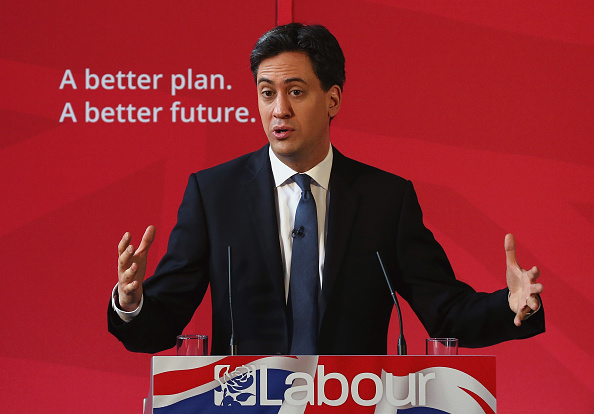 Politics and Government「Labour Party Leader Ed Miliband Holds Q&A In Bury」:写真・画像(12)[壁紙.com]