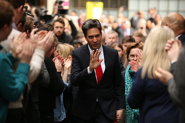 Politics and Government「Ed Miliband Arrives In London After Dismal Night For Labour Party In General Election」:写真・画像(10)[壁紙.com]
