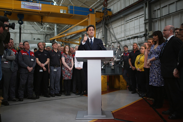 Politics and Government「Labour Party Leader Ed Miliband Holds Q & A In Huddersfield」:写真・画像(19)[壁紙.com]