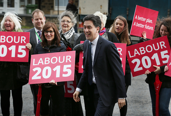 Politics and Government「Ed Miliband Tours The North West During The General Election」:写真・画像(16)[壁紙.com]