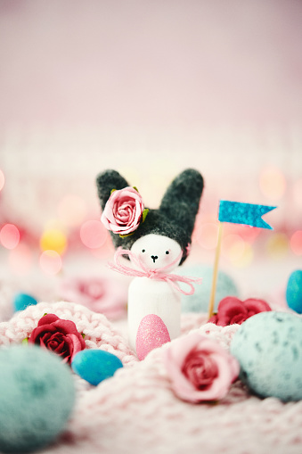 Easter Bunny「Handmade Easter bunny with holiday flags, Easter eggs and flowers」:スマホ壁紙(18)