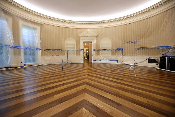 Renovation「Parts Of The West Wing Within White House Undergo Renovations」:写真・画像(2)[壁紙.com]