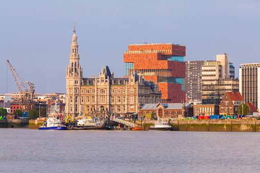 Belgium「Belgium, Flanders, Antwerp, Cityview with Museum aan de Stroom, Scheidt river」:スマホ壁紙(18)