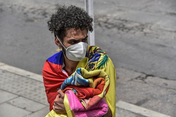 Refugee「Venezuelan Migrants Head Back Home Due To Coronavirus」:写真・画像(7)[壁紙.com]